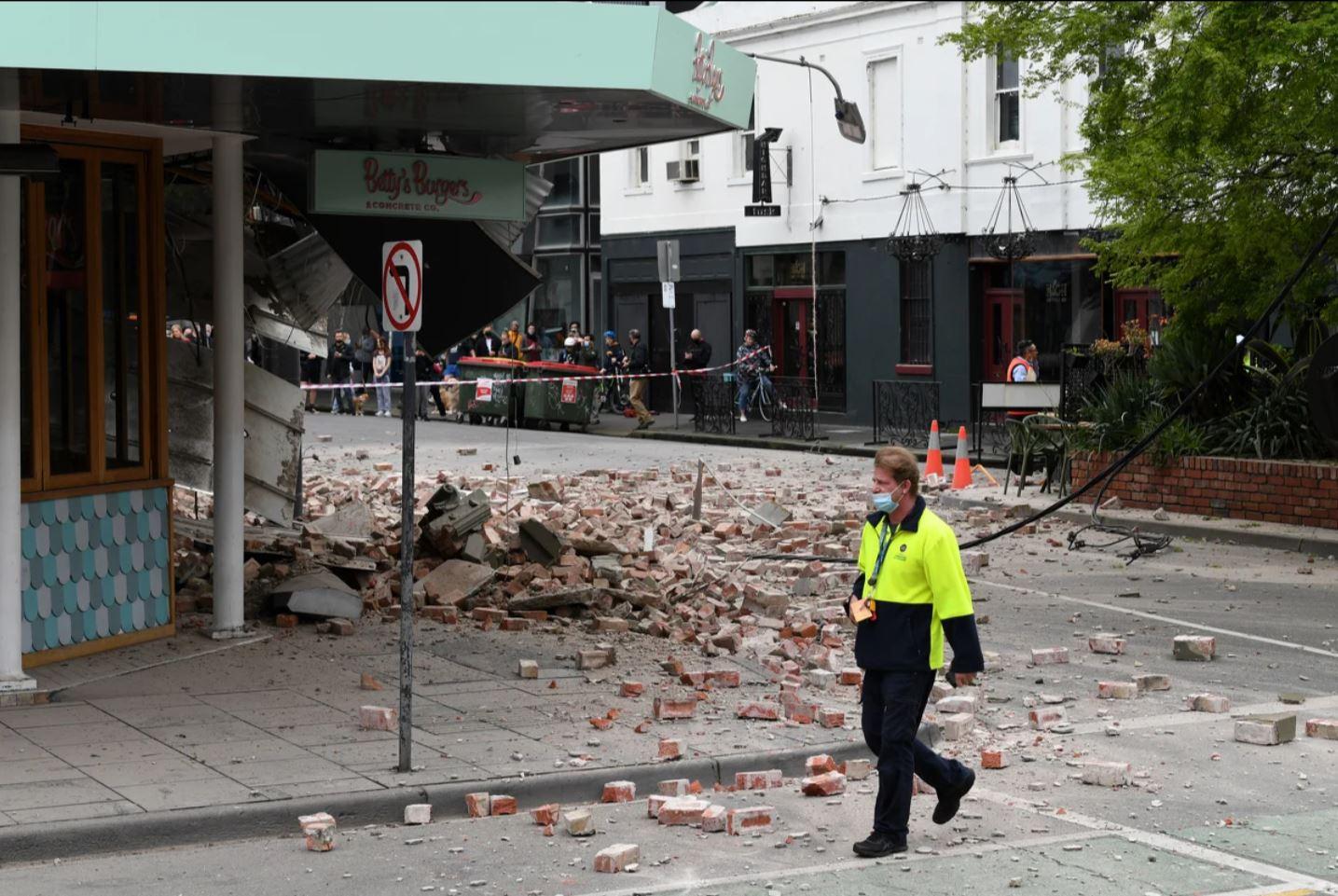 Zemljotres jačine 5,9 stepeni prema Richterovoj skali pogodio Melbourne, oštećene brojne zgrade